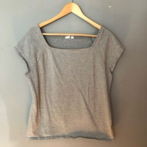 Gap gray and white stripe top size xl.